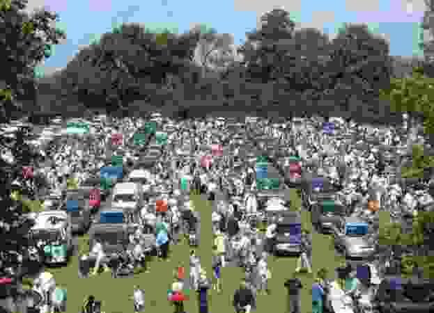 Brighton Racecourse Car Boot Sale